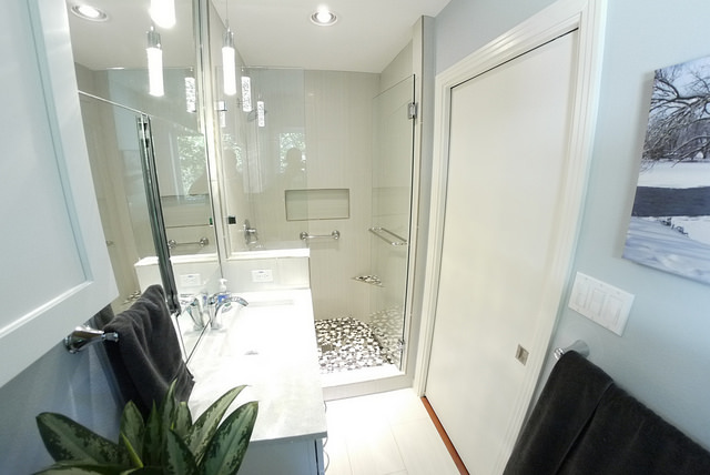 However, Pocket Doors Can Save Up To Ten Square Feet Of Extra Space Needed  For A Swinging Door To Open And Close.