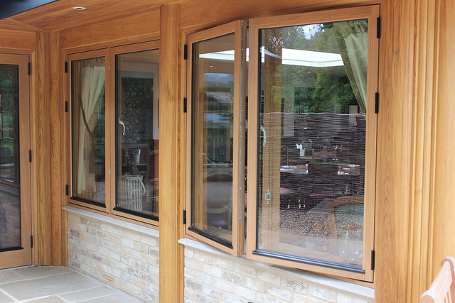 casement windows pros and cons